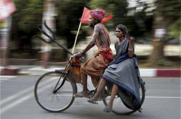 Такое бывает только в Индии/3676705_indianbike580x381 (580x381, 49Kb)