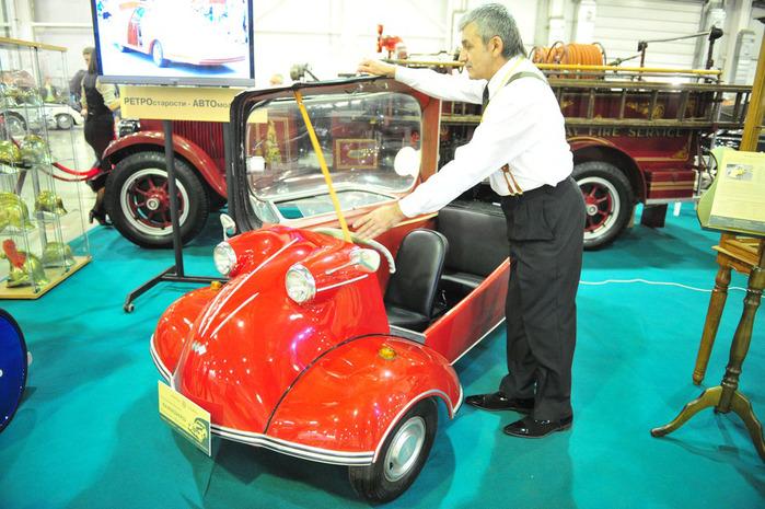 Самые старые автомобили на выставке в Крокусе (фото)