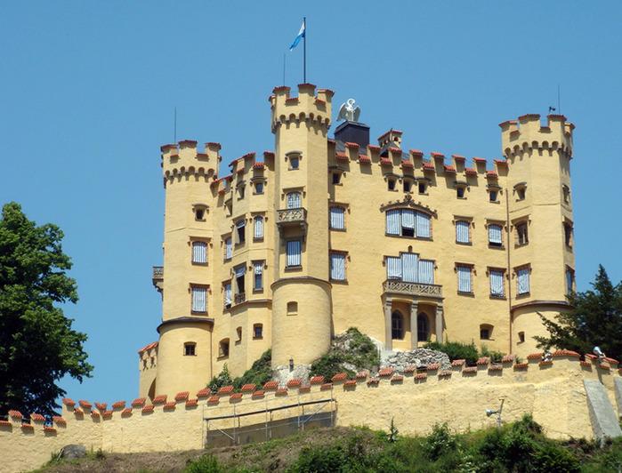 Замок Хоэншвангау (700x532, 148Kb)
