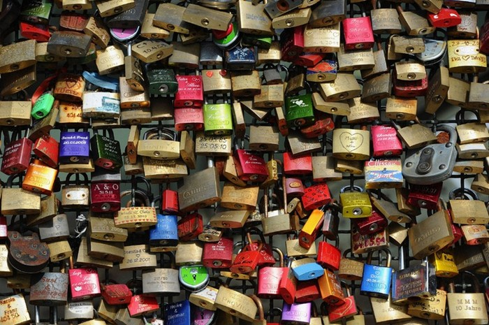 love-locks-93 (700x465, 139Kb)