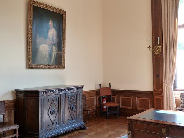 Виллa Хюгель (Виллa на холме) - родовое имение знаменитых Круппов. 26840