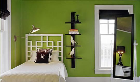 Цвет влияет на настроение, на восприятие и ощущение.  В спальной комнате человек должен чувствовать себя комфортно и...