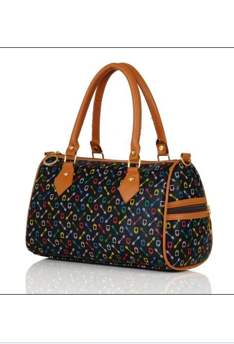 оптом Модная сумка чёрного.