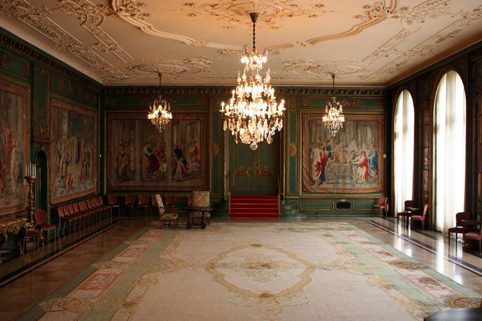 Виллa Хюгель (Виллa на холме) - родовое имение знаменитых Круппов. 57642