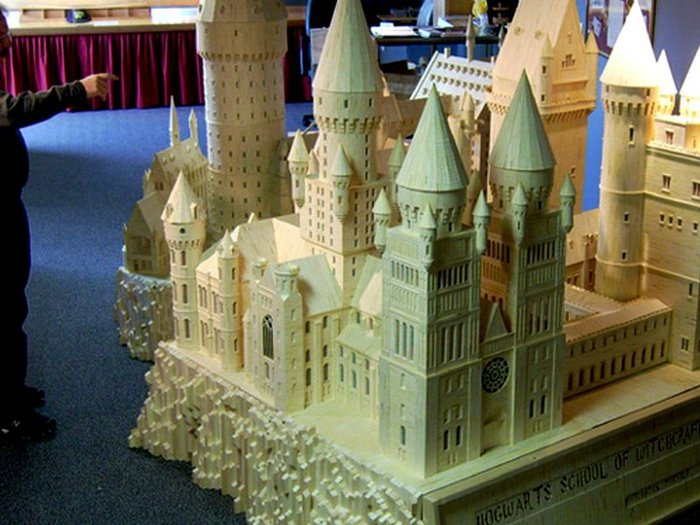 Замки и дворцы из спичек.