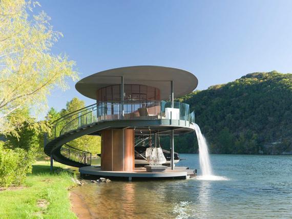 дом на озере 1 (570x428, 240Kb)