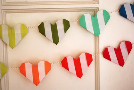 сердце оригами из бумаги,как сделать сердце оригами,оригами сердечко из бумаги,бумажные сердечки,идеи ко дню святого валентина/4395419_origami_heart14 (450x302, 195Kb)