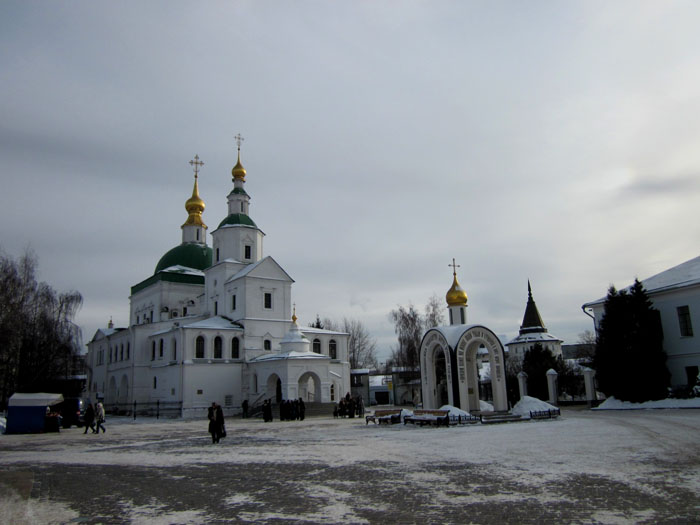 1067597_02_Danilov_monastir (700x525, 84Kb)