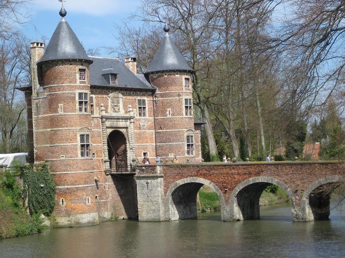 замок Гроот Бейгарден (Groot Bijgaarden) часть 2 28666