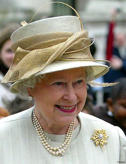 http://img1.liveinternet.ru/images/attach/c/3/83/288/83288803_11_queen_elizabeth_1908_430xx.jpg