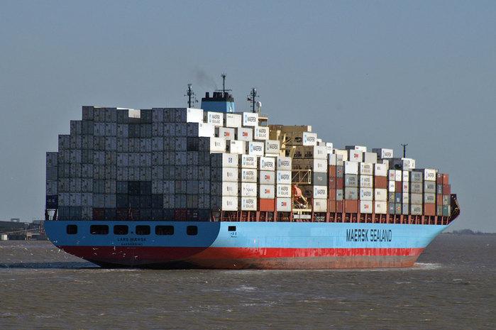 грузоперевозки из Балканского региона/1328638899_Maersk_Line (699x465, 71Kb)