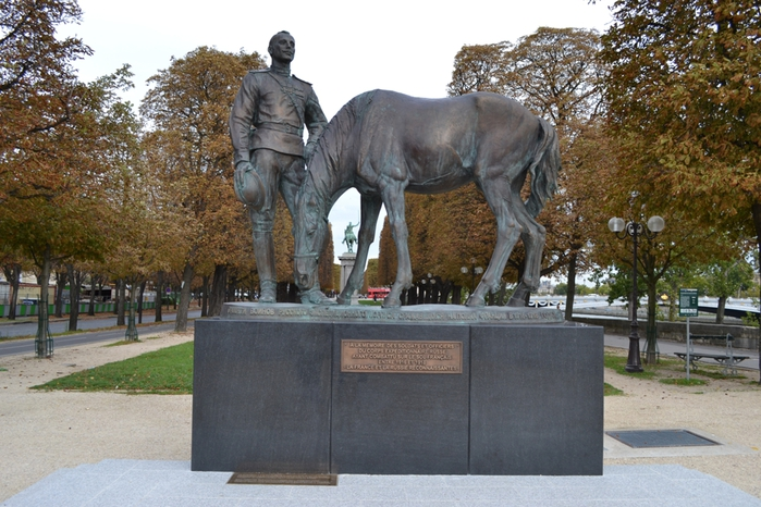Памятник русским казакам, открытый В.В. Путиным (700x466, 289Kb)