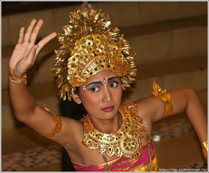 2491225_Bali (700x577, 294Kb)