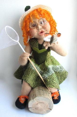 кукла с бабочкой (319x480, 69Kb)