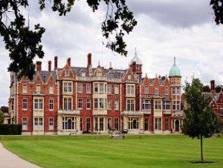 Лондон королевский дворец (321x241, 26Kb)