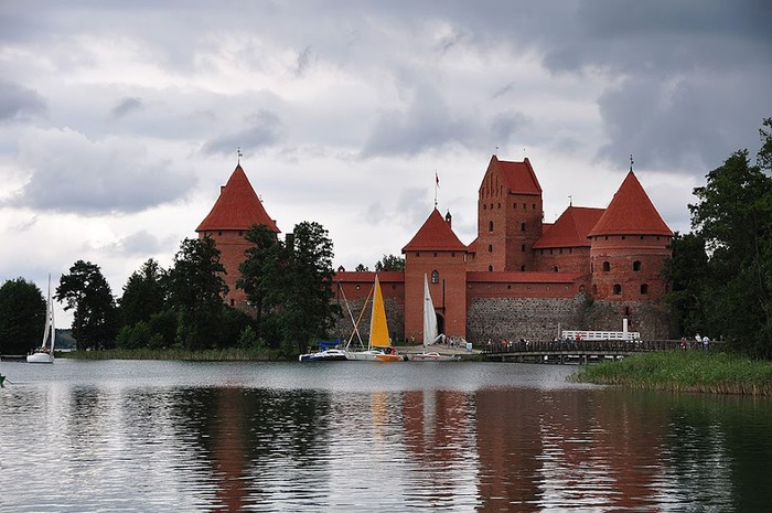 Тракайский замок недалеко от Вильнюса 97533