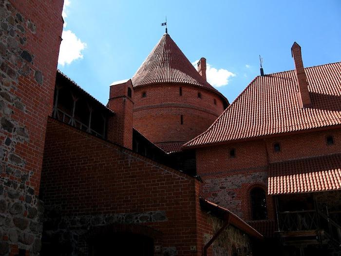 Тракайский замок недалеко от Вильнюса 24088
