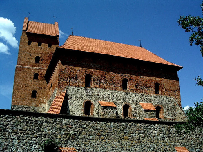 Тракайский замок недалеко от Вильнюса 30741