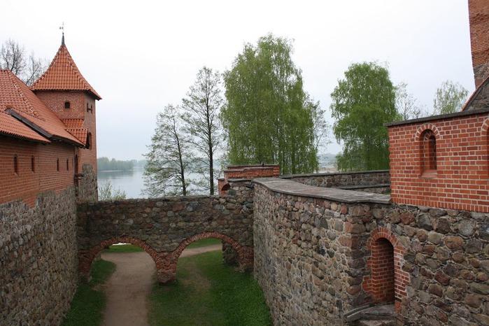 Тракайский замок недалеко от Вильнюса 19679