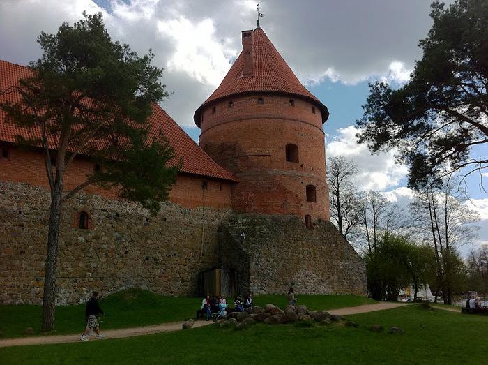 Тракайский замок недалеко от Вильнюса 24524