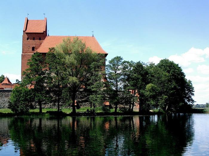 Тракайский замок недалеко от Вильнюса 47736