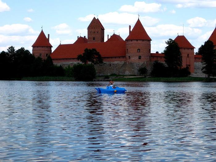 Тракайский замок недалеко от Вильнюса 68405