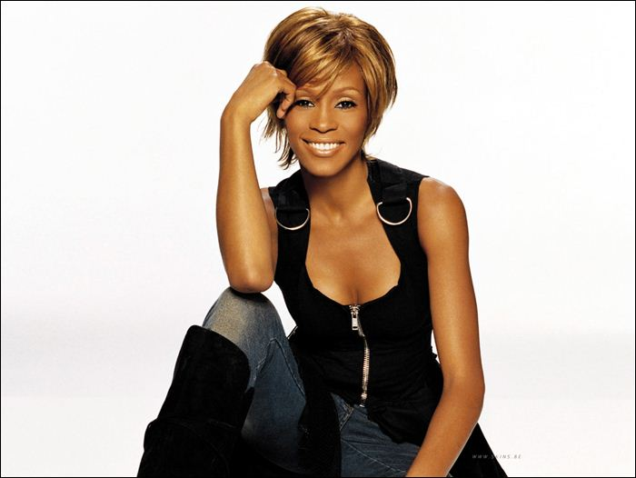 Whitney Houston 02 (700x526, 35Kb)