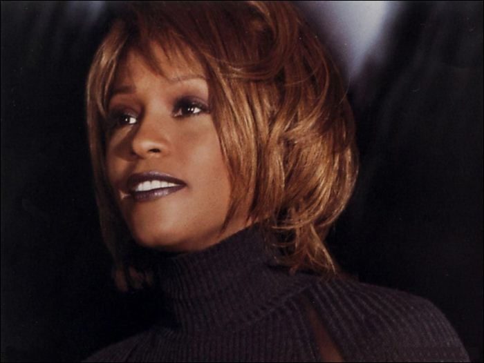 Whitney Houston 04 (700x526, 37Kb)