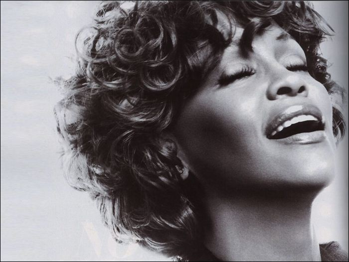 Whitney Houston 13 (700x526, 53Kb)