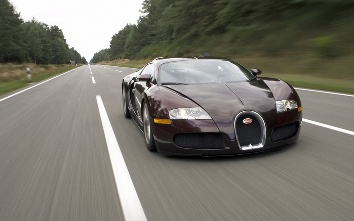 bugatti-veyron-red-on-road_1920x1200_91674 (700x437, 233Kb)
