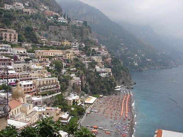 Необычные и красивые города на скалах - Позитано (600x450, 101Kb)