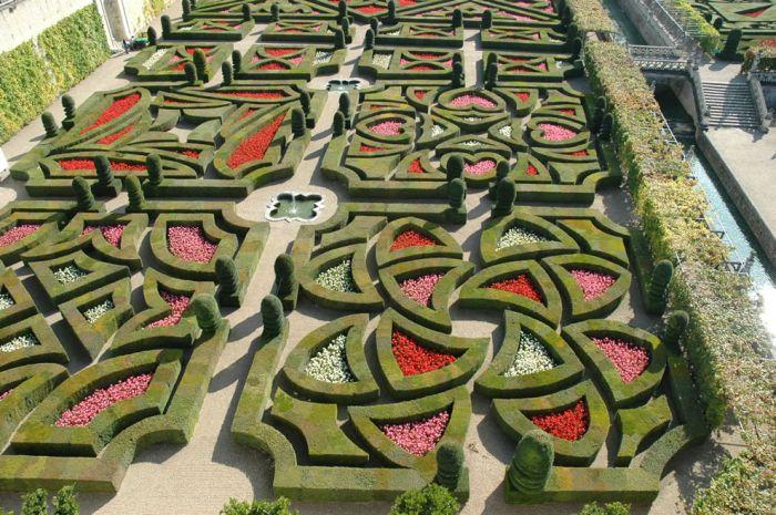 most_romantic_gardens_30 (700x465, 98Kb)