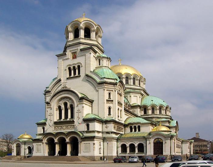отдых в болгарии/3185107_sofiya (700x550, 143Kb)