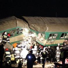 Авария поездов в Польше (234x234, 55Kb)