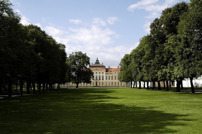 Дворец Рачиньских в селении Рогалин 20859
