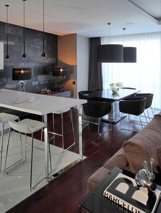 Фото интерьера московской квартиры 12 (529x700, 88Kb)