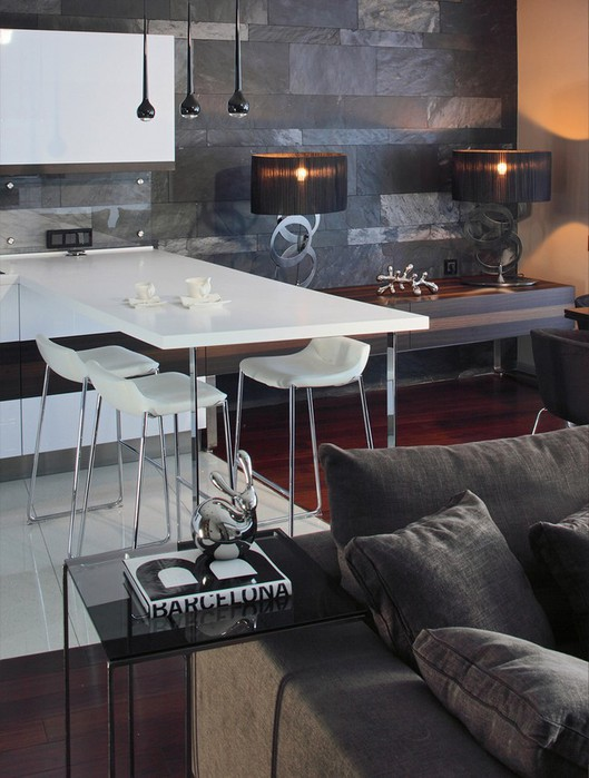 Фото интерьера московской квартиры 14 (529x700, 90Kb)