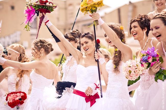 Одесский парад невест 3 (650x433, 92Kb)