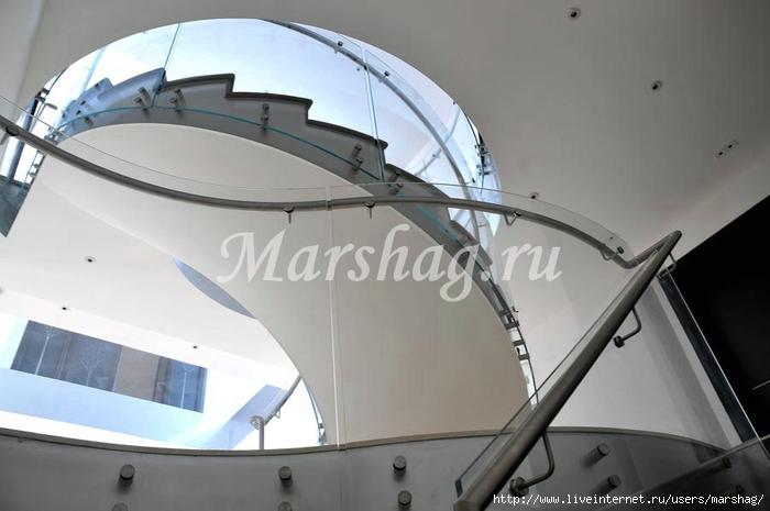 стеклянная лестница маршаг (91) (700x465, 167Kb)