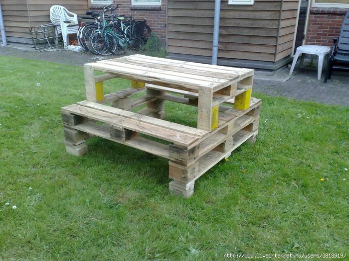 pallet-picnicktable-complete (700x525, 378Kb)