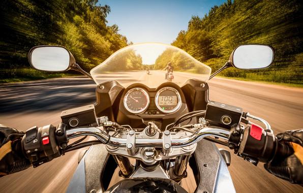 motocikl-moto-vid-ot-pervogo-3053 (496x280, 111Kb)