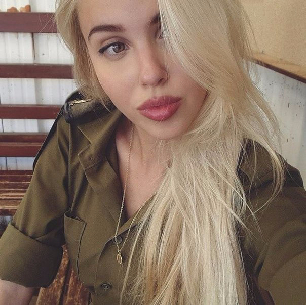 Блондинки в армии фото 44-936