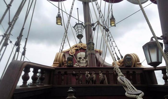 pirate-boat-120588 (700x412, 257Kb)
