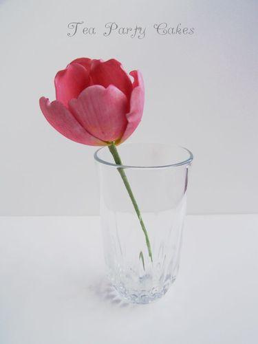 Gumpaste Tulip Tutorial (375x500, 42Kb)