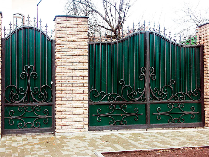 ворота1 (700x525, 572Kb)