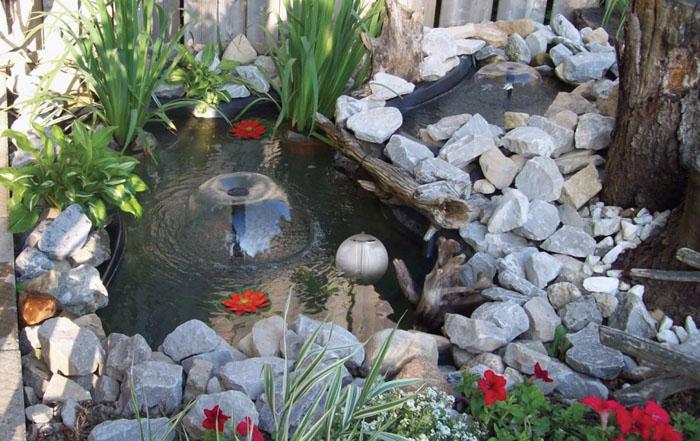 декоративный пруд на приусадебном участке 11 (700x441, 366Kb)