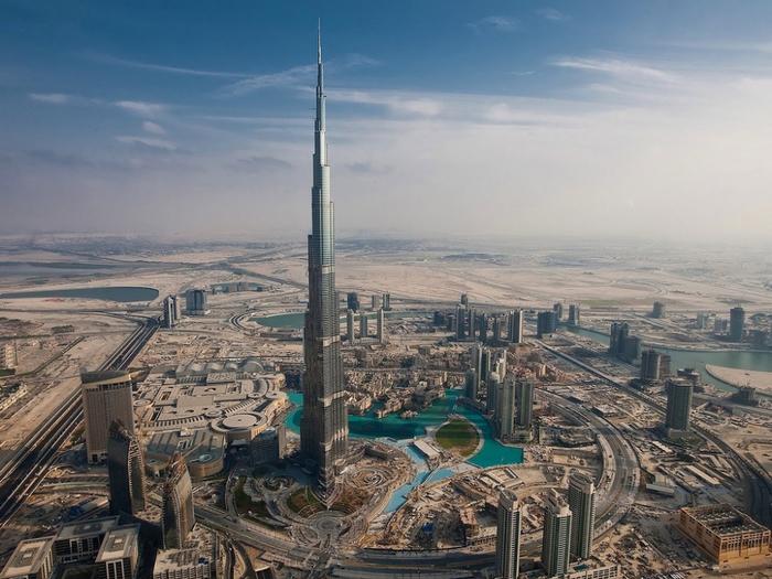 Бурдж-Халифа в Дубае (700x525, 376Kb)