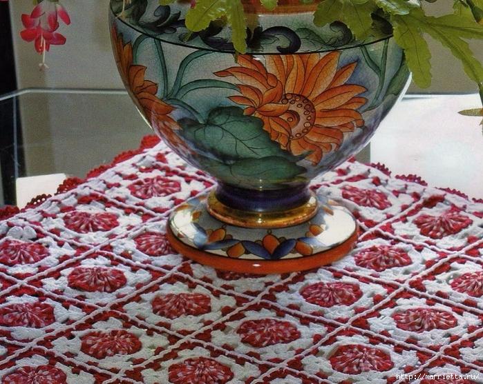 Скатерть из цветочков йо-йо с обвязкой крючком (1) (700x557, 410Kb)