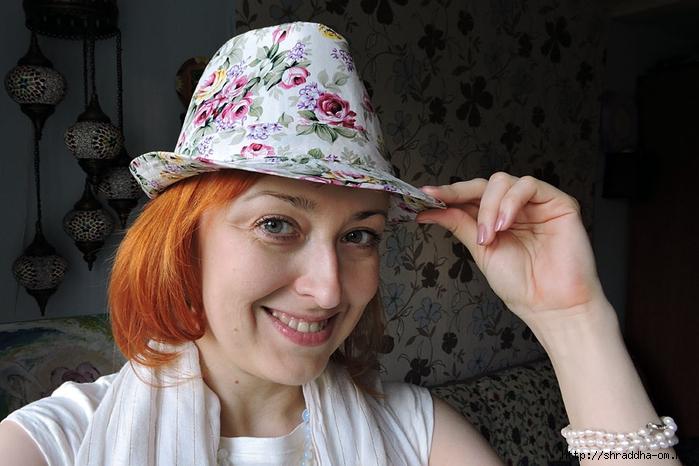 Шрада в шляпке (700x466, 231Kb)
