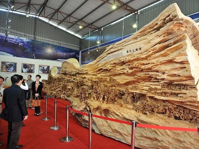 деревянная скульптура 4 (700x525, 473Kb)